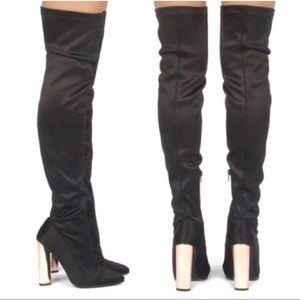 Shoes - Gold metallic heeled black boots
